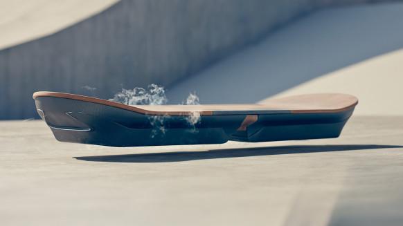 lexus-hoverboard-ft-582x327 (1)